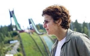 GENERALSEKRETERAREN. Sarah Lewis är FIS generalsekreterare sedan tolv år tillbaka. Nu har hon studeras Faluns VM-anläggning.Foto: ULF PALM