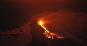 Etna på Sicilien var en av de vulkaner som fick utbrott under 2012.