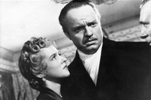 Den amerikanska filmen Citizen Kane har premiär i september 1942. Manuset till filmen är skrivet av Orson Welles som även regisserat samt spelar huvudrollen. Filmen har benämnts som världens bästa film.