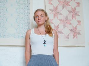 Katarina Widegren, lokal hantverkare, med internationella framgångar.