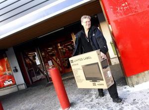 Helge Suders fyndade en tv på väg till Jämtland.