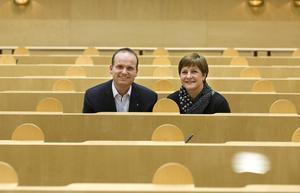 Lars Persson och Annelie Luthman presenterade förslaget på en pressträff tillsammans med jämställdhetsminister Maria Arnholm.