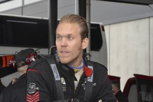 Johan Lindberg, tidigare Pro mod- och Top alcohol funny car-champion, tar över som chaufför i Team Old 51.