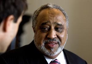 Den saudiske medborgaren Sheik Mohammad al Amoudi är kommendör av 1 graden för Nordstjärneorden och äger Preem.