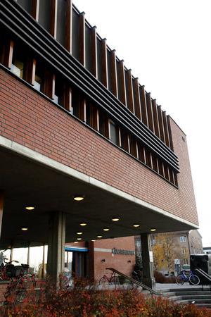 En utbyggnad av biblioteket, är det vad hela diskussionen om kulturhus landade i?
