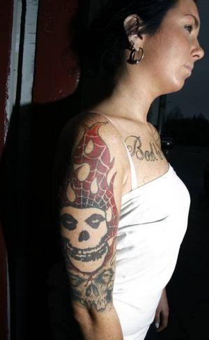 Anna på Custom Illusion Tattoo har många coola tatueringar. Att göra en egen kostar från 800 kronor.