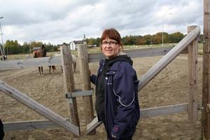 Satsar vidare. Ros-Mari Andersson fortsätter hästsatsningen i Hagsta. Nu står ett nytt stall på tur, liksom ett ridhus.