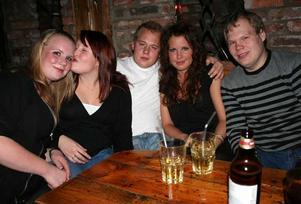 Konrad. Malin, Rebecka, Max, Hanna och Håkan