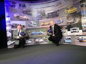 Esko Junttila och Mats Myrsell prisas i Paris för EM-segern i fjol.