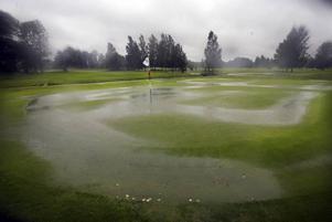 Gävle Golfklubb var tvungen att stänga av flera banor.