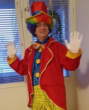 Ivan Midjich, clown nummer 7, Clowner mot Nazister är upprörd över clownattackerna.