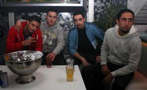 Pluto. Shaho, Ivan, Carlos och Bilal