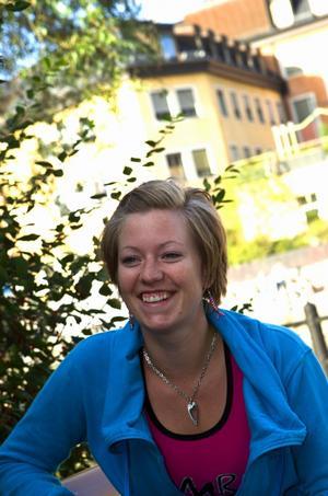 Angelica Sjöblom är den första licensierade zumbainstruktören i Falun. I höst ger hon lektioner i Falun, Svärdsjö och Borlänge.