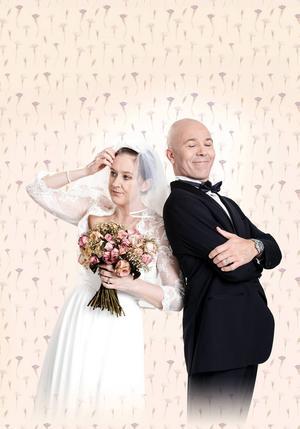 Helena Svartling och Åke Arvidsson spelar med i