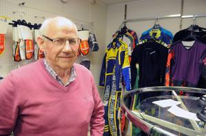 Enligt Erik Jernberg står företaget på tre ben i dag, tillverkning av kläder, butiken och tryck på kläder och annat.