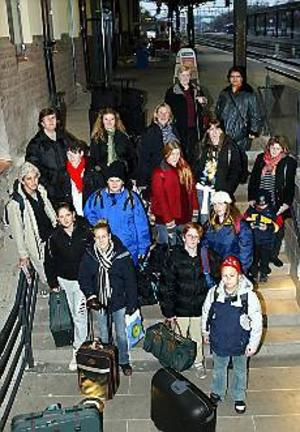 Tyska hela veckan blir det för ungdomarna från Stenebergsskolan som i går åkte till Lübeck på skolresa. Foto: LASSE HALVARSSON