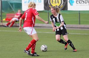 Clara Eriksson, Ljusne AIK,  sticker ut med sina åtta mål under våren i damtrean.
