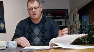 Ulf Sparring, ekobrottsutredare, arbetar med ärendet.