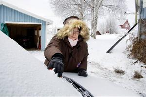 """Else-Marie Holmström hade inte hört talas om att Börtnan klassas som ett kallhål när hon flyttade till byn för drygt fyra år sedan. """"Det blev en riktig köldchock"""", säger Else-Marie, som trivs i Börtnan trots att hon inte är något större fan av det kyliga klimatet."""