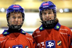 Klim Tarasenko i Edsbytröjan tillsammans med William Liw som numera spelar i Falu BS.