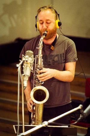 Jonas Kullhammar är solist på fem spår.   Foto: Patrik Lindqvist