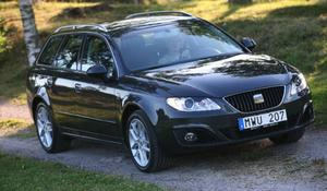 Från sidan går det knappast att skilja nya Seat Exeo Kombi från gamla Audi A4 Avant. Foto: Rolf Gildenlöw