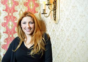 Helena Paparizou siktar på en comeback i Sverige efter flera år i Grekland.