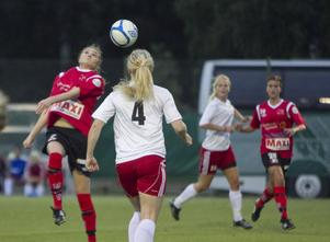 Team Hudiks och Edsbyn bjöd på en jämn kamp på Sparbanken Arena, en kamp som slutade oavgjort.