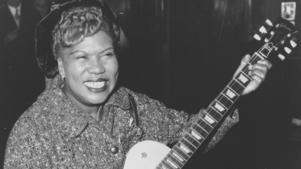 Rosetta Tharpe kombinerade gospel med jazz och blues och hennes unika gitarrspel har influerat artister som Jimi Hendrix och Chuck Berry.