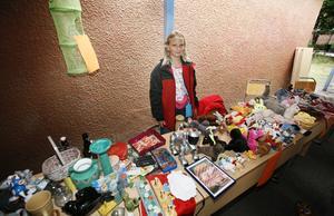 Leksaker. Elvaåriga Stina Röjeståhl hade rensat ut hemma och passade på att sälja sina leksaker på loppisen. Hon trodde inte att hon skulle sakna de gosedjur som hon blev av med under dagen.