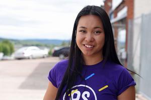 Alice Sjöstrand som handleder ungdomarna är själv egenföretagare.