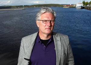Landstingsdirektör Anders L Johansson har beslutat att lämna Landstinget Västernorrland.