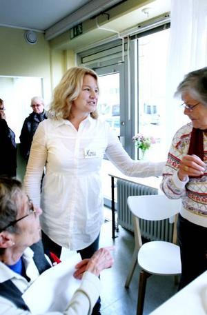SERVERA. Mona Wikland är ansvarig för verksamheten på Brunnsgatan. Hon ska ta emot tips och idéer från pensionärerna.
