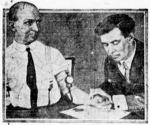 William Moulton Marston testar sin lögndetektor 1922.