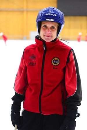 Eva Palm Uhlin är tränare för Grycksbos nya damlag.