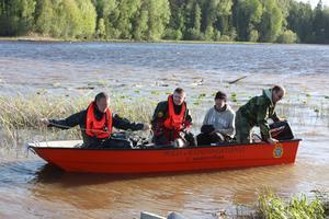 Dykningar i Lasjön. Fredrik Stenholm, Thomas Mårtensson, Håkan Björklund och K-G Bergqivst.