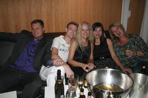 Extremes-festen på Pluto. Ted, Håkan, Åsa, Ann och Lisa.