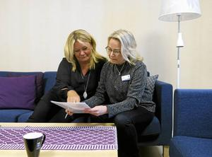 Som chef måste man vara modig när stora förändringar ska göras, menar Helén Polmé och Viktoria Persson. De tror att ett tillitsfullt ledarskap gör att medarbetare blir mer kreativa och engagerade.