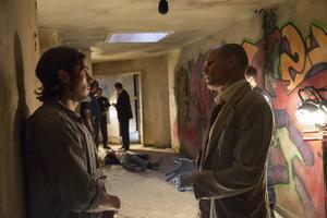 Den idealistiske polisen Chris Allen (Casey Affleck) tampas med tuff brottslighet i Atlanta, där hans morbror (Woody Harrelson) är kriminalinspektör.