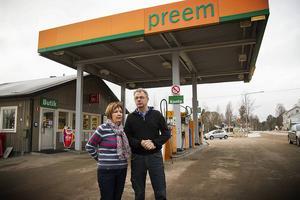 Karin Nordborg och Göran Karlsson lägger ned macken och butiken i Kårböle efter 42 år.