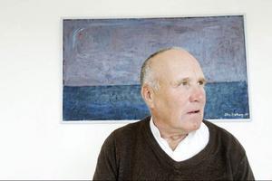 Stig Sjöbergs visar färgmättat måleri med allvar och svårdefinierad tyngd.