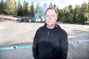 Roger Fridolsfsson, ordförande i Beautytown Cruisers i Fagersta. Han berättar att klubben hade köpt in övervakningskameror för att sätta upp, men att det inte hanns med innan det var för sent.