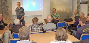 Dala Vatten och Avfall AB:s Olle Bergfors, Roger Lundkvist och Lasse Spångmyr informerade och svarade på fastighetsägarnas frågor.