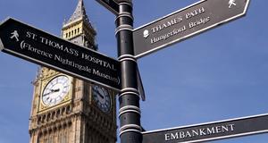 Det är inte alltid lätt att hitta rätt i London. Men nu ska turisterna få hjälp - av städare.