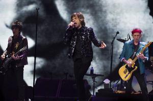 Rolling Stones ger den sista av sina fyra jubileumskonserter i Newark den 15 december.