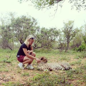Att träffa geparder var en av alla saker Emelie fick vara med om och som hon tidigare bara kunnat drömma om.