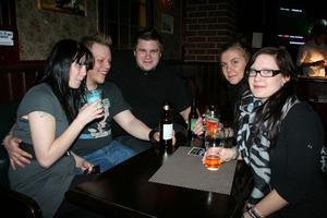Oliver Twist. Tova, Rasmus, Daniel, Jenny och Linn