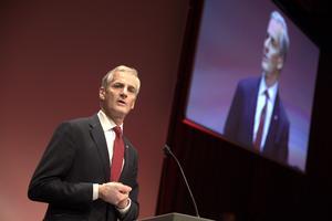 Partiledaren för Arbeiderpartiet (norska S)Jonas Gahr Støre har anledning att vara besviken.et. Foto: Vidar Ruud / NTB scanpix / TT / kod  20520
