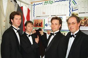 Peo Gruvelgård, Rickard Holm, Kjelle Danielsson och Jan Oscarsson i dansbandet Jannez anno 1996.