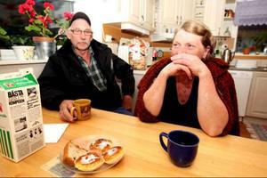 Gunnar Landgren och Ann-Marie Wiktorsson hoppas att man får stopp på vargplågan i Lillhärdal.